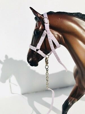 Breyer Traditional Halter and Lead: Light Purple Lilac for 1:9 Scale Model Horse