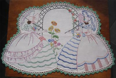 Vintage Quality Linen 'CRINOLINE LADY' DOILEY 'Never Used'