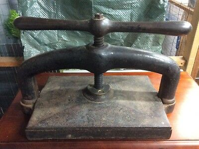 book press, large cast iron,  base plate 460 x 310cm, good condition