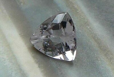 TRIANGEL Goshenit 1,50 ct