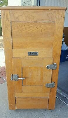 Vintage Antique Windsor Oak Ice Box / Chest Excellent Condition A Must See !!!!