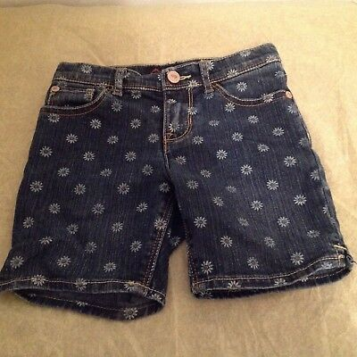 Jordache Girls Floral Bermuda Denim Shorts. Size 4T. Excellent Condition.