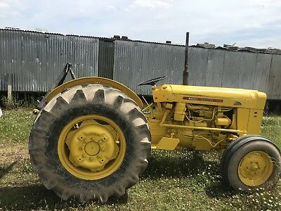 Massey Ferguson  35x 205 Industrial  rare model . Built for council use with V5