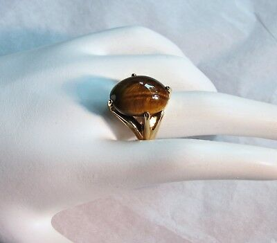 Vintage 1980s RING Large Oval Tigers Eye Cabochon 14K Plated BAND Size 7.5 UNCAS