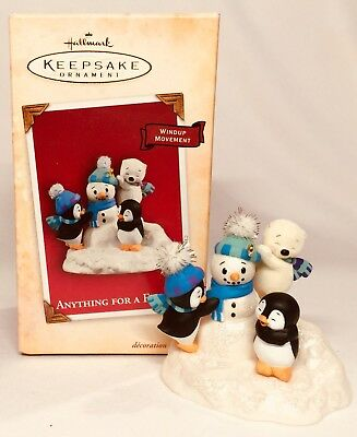 Hallmark Keepsake Kris's Penguins Anything For A Friend *NO MOTION* 2004 C