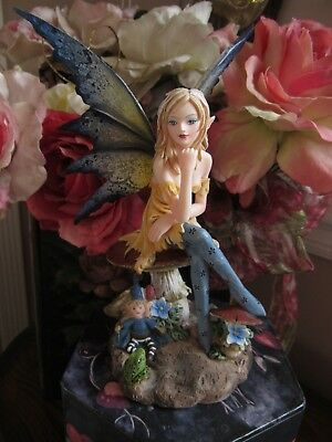 Amy Brown Magician Fairy Figurine on a Mushroom Pacific Giftware NEW IN BOX!