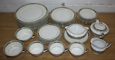 37 Piece Set of Heinrich & Co Selb Bavaria Germany HC 11649, Dinner Plates