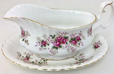 "Gravy Boat Royal w/ Underplate Albert Lavender Rose 8 1/4"" Floral Pink"