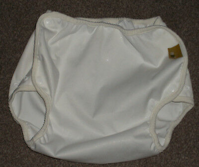 NEW Onelife white nappy cover /wrap size 3 (11-16 kgs)