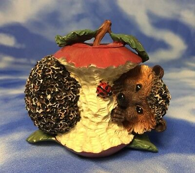 Rare Adorable Innovation Bramble & Clover Hedgehog Apple Candle Holder Figurine
