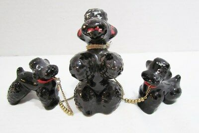 POODLE MOTHER DOG W/ PUPPIES c. 1950's CERAMIC FIGURINES ATTACHED W/ CHAINS CUTE