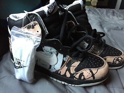 02698e662b35 NIKE SB UNKLE Dunkle Dunk Low -  134.50