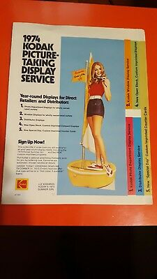 1974 Kodak picture taking display service booklet Retailers Guide