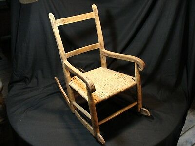 Antique New England Primitive Thumb Back Child's Rocker Split Ash Seat AAFA