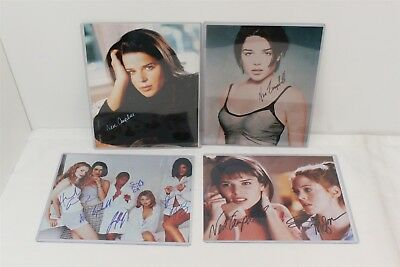 4 Autographed Photos w/ Heather Graham, Neve Campbell, Sarah Michelle Gellar +