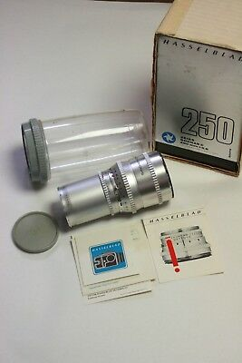 Hasselblad 250mm f5.6 Sonnar C lens with bubble, paperwork, cap & box