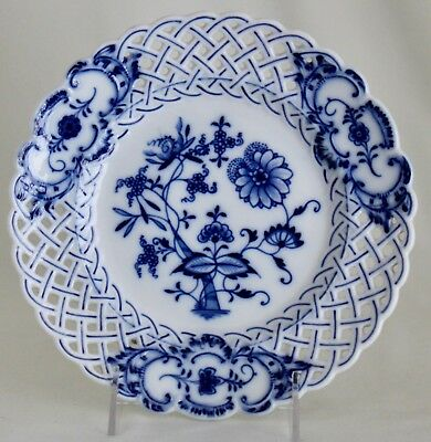 "MEISSEN Blue Onion Salad Plate 8.5"" Reticulated Pierced Border Oval Mark 1st"