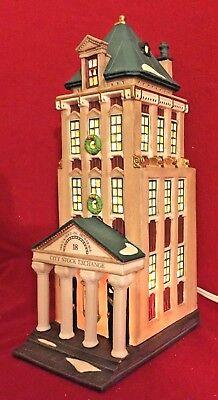 Brokerage House Dept 56 Christmas in the City Village 58815 Snow bank stock A