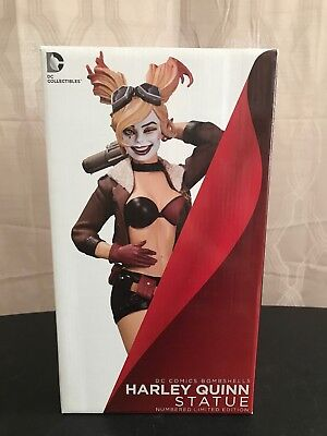 DC collectibles DC Comics Bombshells Harley Quinn 1st Edition SIGNED RARE!!!!!!