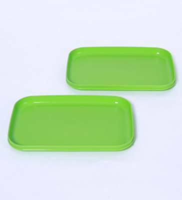 Brand New Tupperware Picnic Plates (set Of 2) -Lime