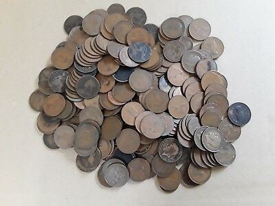Job lot of old pennies (UK penny coins) Various dates from late Victoria to 1967