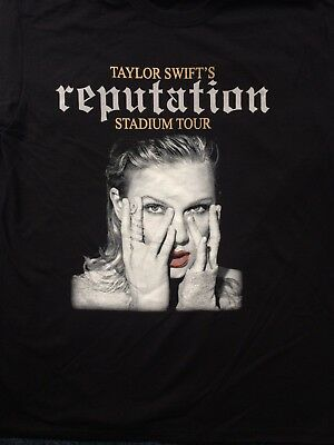 Taylor Swift's UK tour shirt 2018.Size Small.