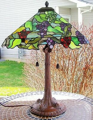 Quoizel Leaded Stained Glass Tiffany Table Lamp 24 1 2 Tall Mint
