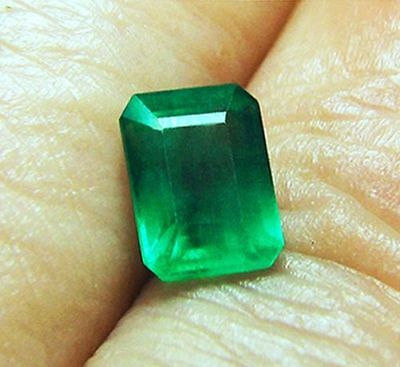 1.57 ct Natural Earth Mined Emerald Certified No Reserve