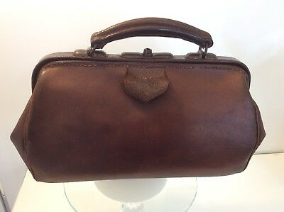 "Doctors Leather ""Gladstone"" Bag"