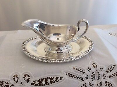 Vintage Silverplate Sauce/Gravy Boat With Saucer/Underplate