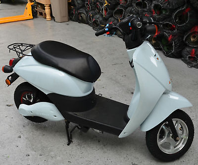 Electric Moped E-Vehicle Scooter