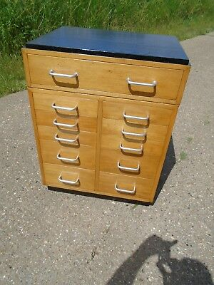 Lovely Retro / Old School / Vintage  Chest Of Drawers In Excellent Condition