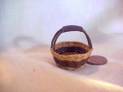 Dollhouse miniature artist made wicker basket e