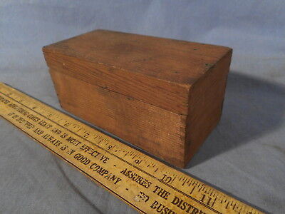 Small Vintage Dove Tailed Box with Lid antique estate find