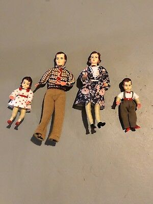 Vintage Bendable/Poseable Dollhouse Family Dad,Mom,Boy, Girl PRISTINE! 60's 50's