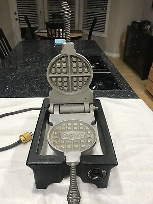 """Rugged I Cast Iron """" Denny's """" Restaurants commercial Malted Waffle Maker, RARE"""