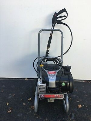Briggs and Stratton 2200PSI Petrol Pressure Washer