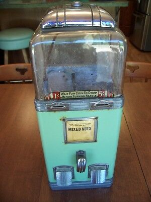 NORTHWESTERN DELUXE 1936 PEANUT GUMBALL MACHINE, will ship, read