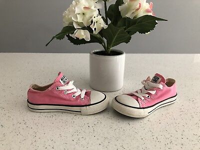 Pink Converse All Star low-top sneakers size 9 toddler