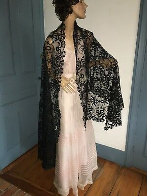 """Antique Victorian Black Chantilly Lace Shawl 92"""" by 37"""" Nice Condition"""