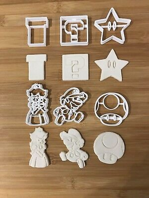 Video Game 002 Cutters Plastic Cutter Topper Fondant cupcake topper cake uk