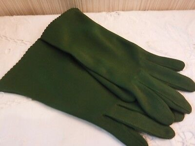 VINTAGE 100% Nylon GREEN Ladies Gloves- Tag Reads FITS ALL+ They Are Unworn