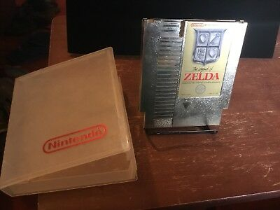 The Legend of Zelda  - Gold Cartridge (Nintendo Entertainment System, 1987)