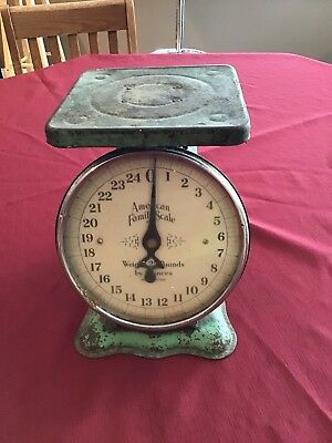 Vintage 25# American Family Scale