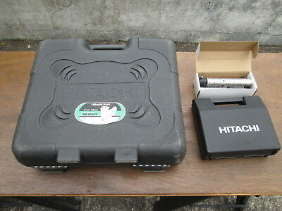 Hitachi Gas Nailer NR 90GC2 Inc Hitachi Cleaning Kit + extra gas. FREE DELIVERY