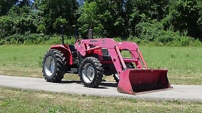 2005 Mahindra 5500 4X4 Tractor With Loader And Rear Hydrualics