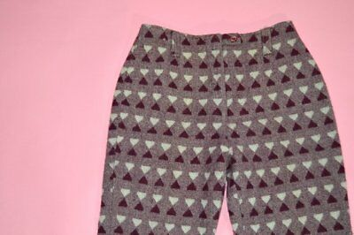 Vintage 1960s/70s KMart High Rise Maroon Triangle Print Cropped Pants size 8
