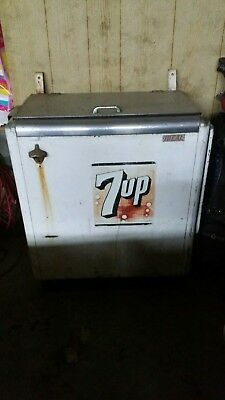 Ideal 55 7up Machine 7 up not coke pepsi cooler