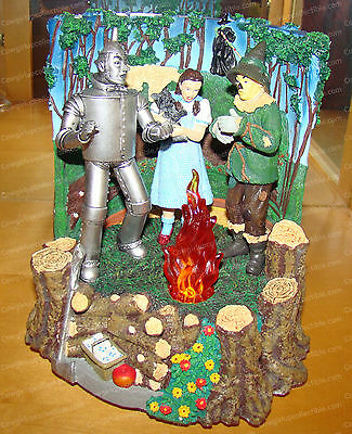 Friends Stick Together (San Francisco Music Box, 46325) Musical, Wizard of Oz