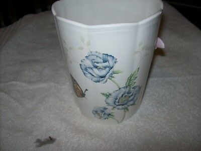 Lenox Butterfly Meadow Vase 6 5/16 inches Tall